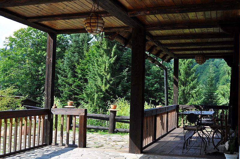 adelaparvu.com despre pensiunea Casa Bunicilor de la Manastirea Humorului, Suceava, Romania, rustic eco pension in Romania Casa Bunicilor (9)