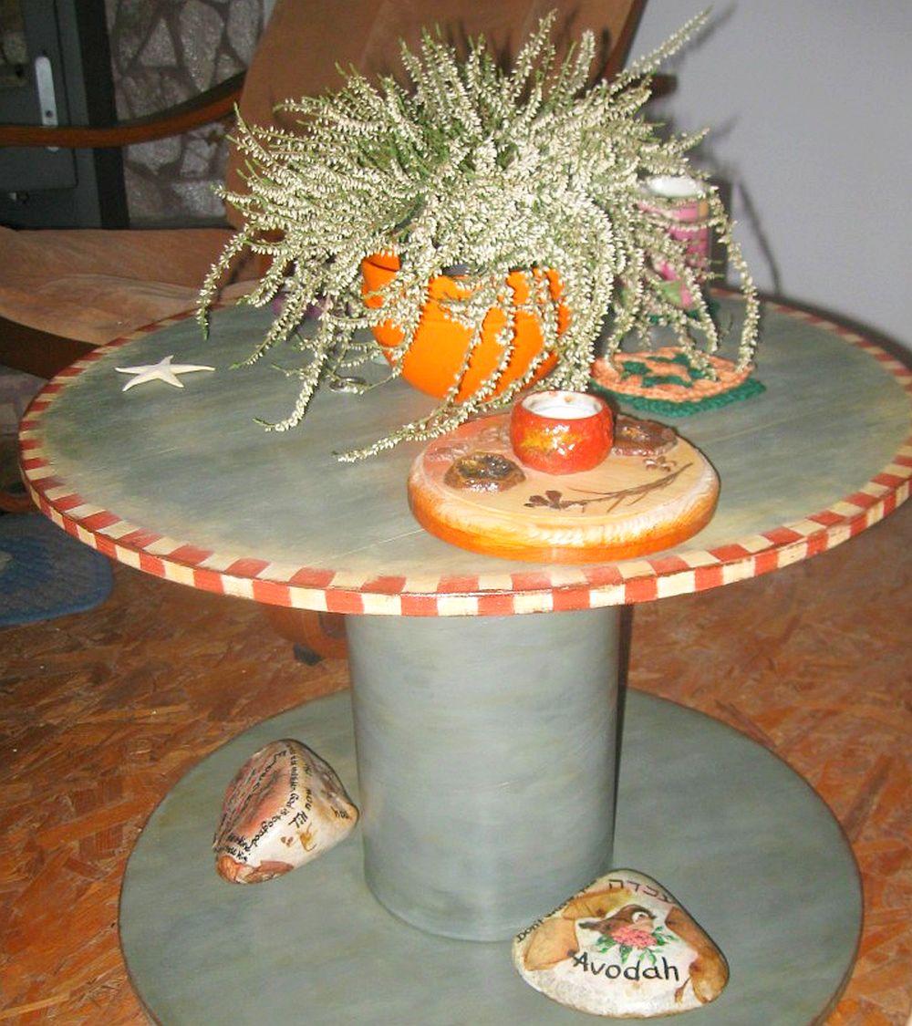 adelaparvu.com despre tablouri, cufere si mic mobilier pictate, design Brindusa Art, artizan Brindusa Panc (15)