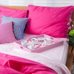 adelaparvu.com despre Daniela Mandu, atelier decoratiuni textile si lenjerii de pat Cusut cu ata roz (10)