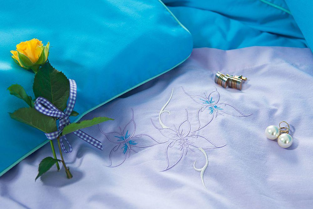 adelaparvu.com despre Daniela Mandu, atelier decoratiuni textile si lenjerii de pat Cusut cu ata roz (13)