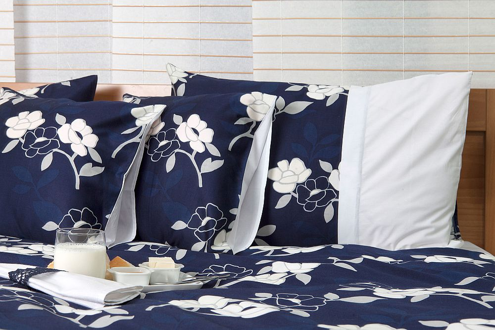 adelaparvu.com despre Daniela Mandu, atelier decoratiuni textile si lenjerii de pat Cusut cu ata roz (23)