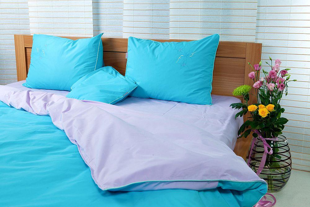 adelaparvu.com despre Daniela Mandu, atelier decoratiuni textile si lenjerii de pat Cusut cu ata roz (25)