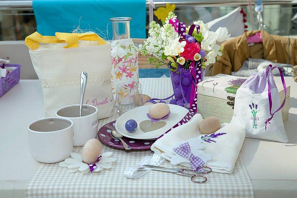 adelaparvu.com despre Daniela Mandu, atelier decoratiuni textile si lenjerii de pat Cusut cu ata roz (7)