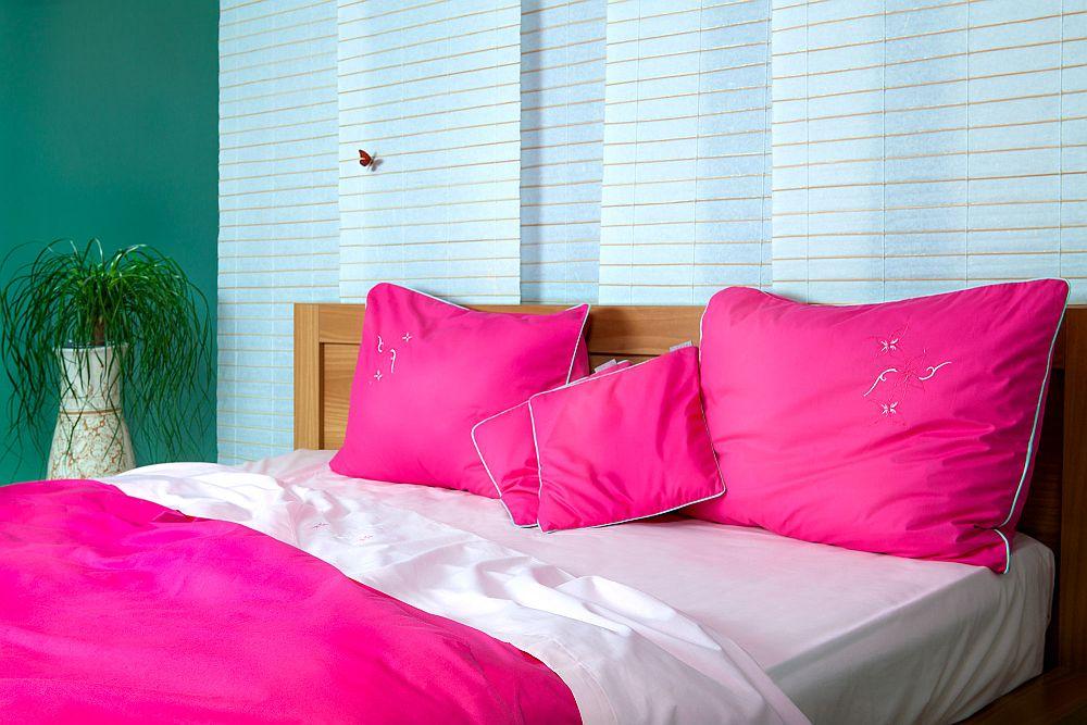 adelaparvu.com despre Daniela Mandu, atelier decoratiuni textile si lenjerii de pat Cusut cu ata roz (9)
