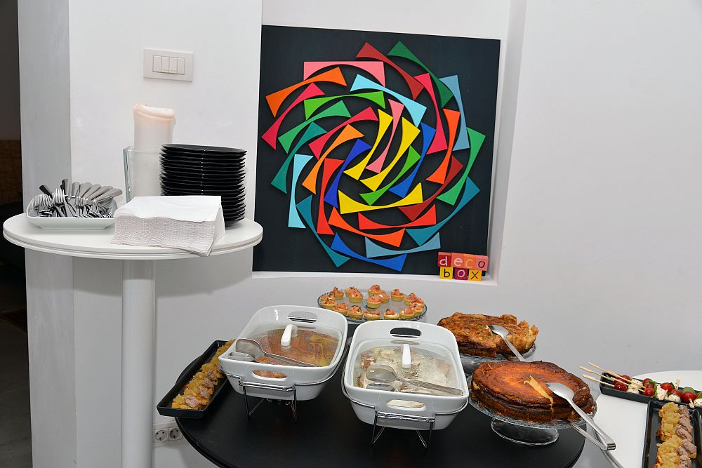 adelaparvu.com despre Google House Romania, design interior Dragos Solot, tablouri Deco Box Liliana Stoica, organizator FCB Bucharest (19)