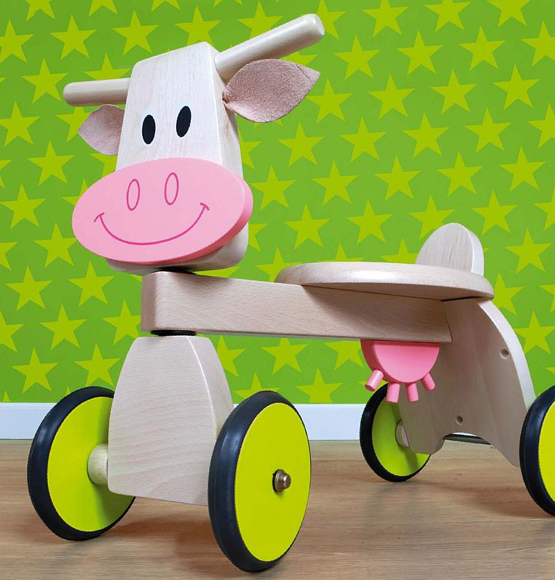 adelaparvu.com despre Marvelous Store, Romania, fabrica de jucarii si mobilier din lemn pentru copii, in foto Mergator vacuta 2