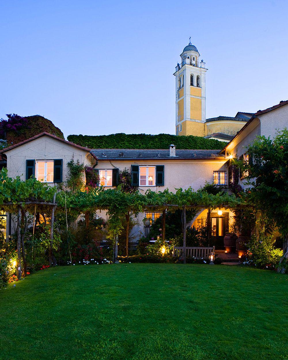 adelaparvu.com despre casa cu interior clasic si terasa cu viata de vie in Portofino, casa Italia, Foto Adriano Bacchella (12)