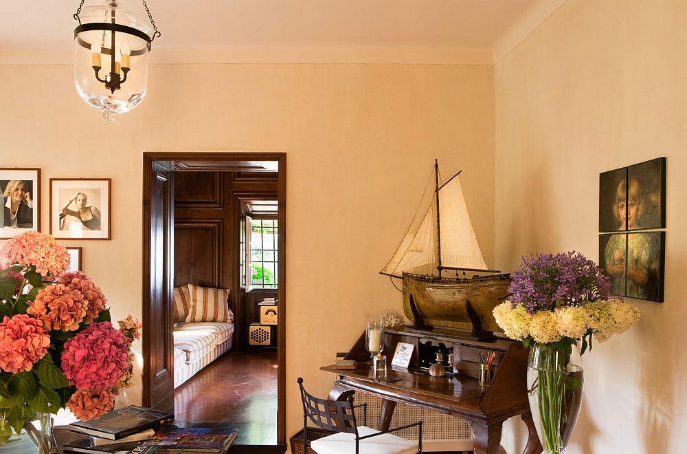 adelaparvu.com despre casa cu interior clasic si terasa cu viata de vie in Portofino, casa Italia, Foto Adriano Bacchella (14)