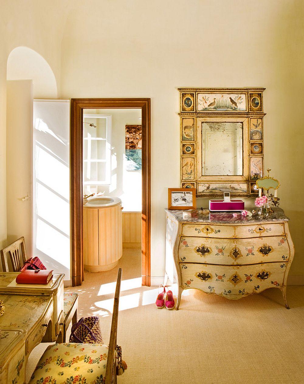 adelaparvu.com despre casa cu interior clasic si terasa cu viata de vie in Portofino, casa Italia, Foto Adriano Bacchella (18)