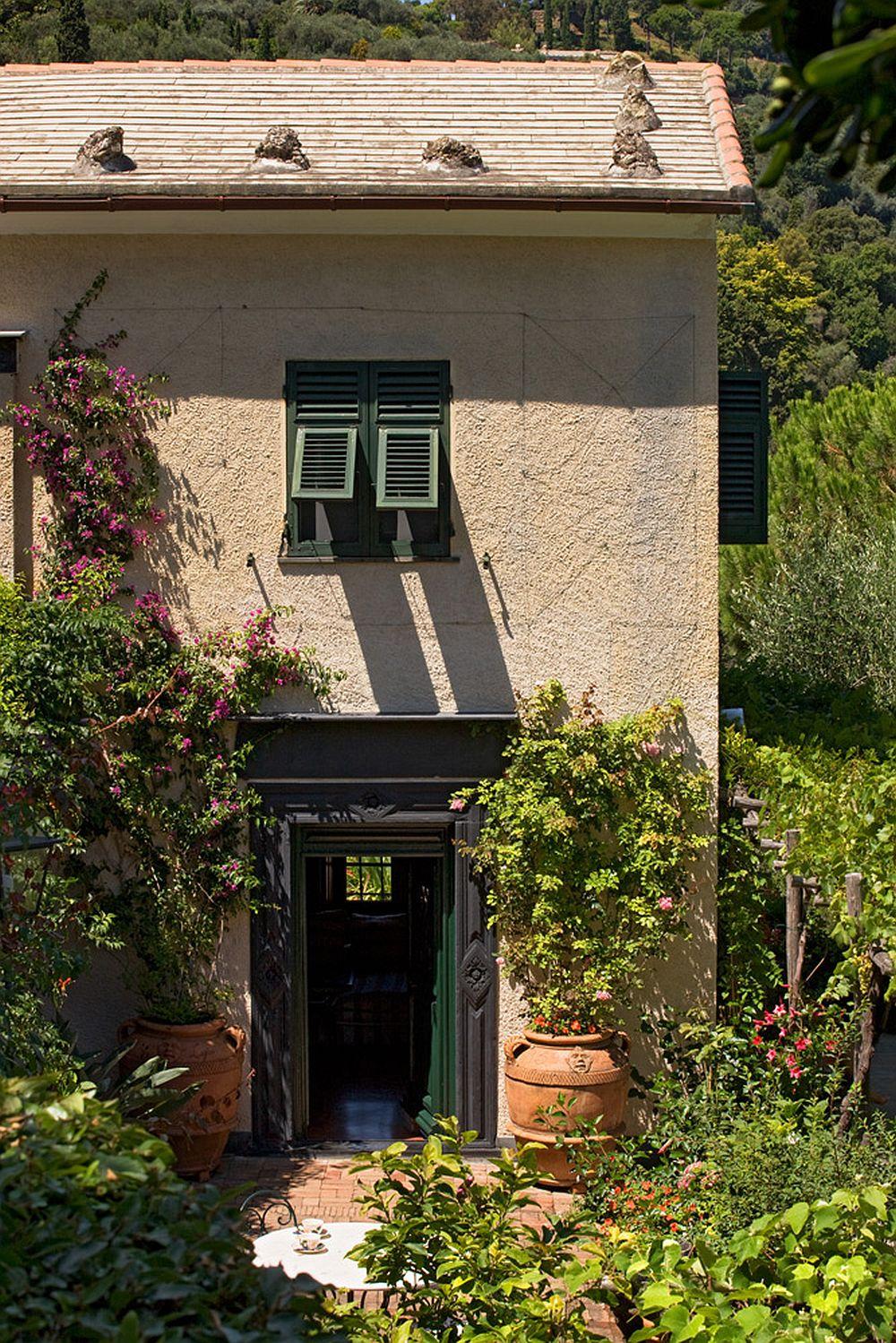 adelaparvu.com despre casa cu interior clasic si terasa cu viata de vie in Portofino, casa Italia, Foto Adriano Bacchella (2)
