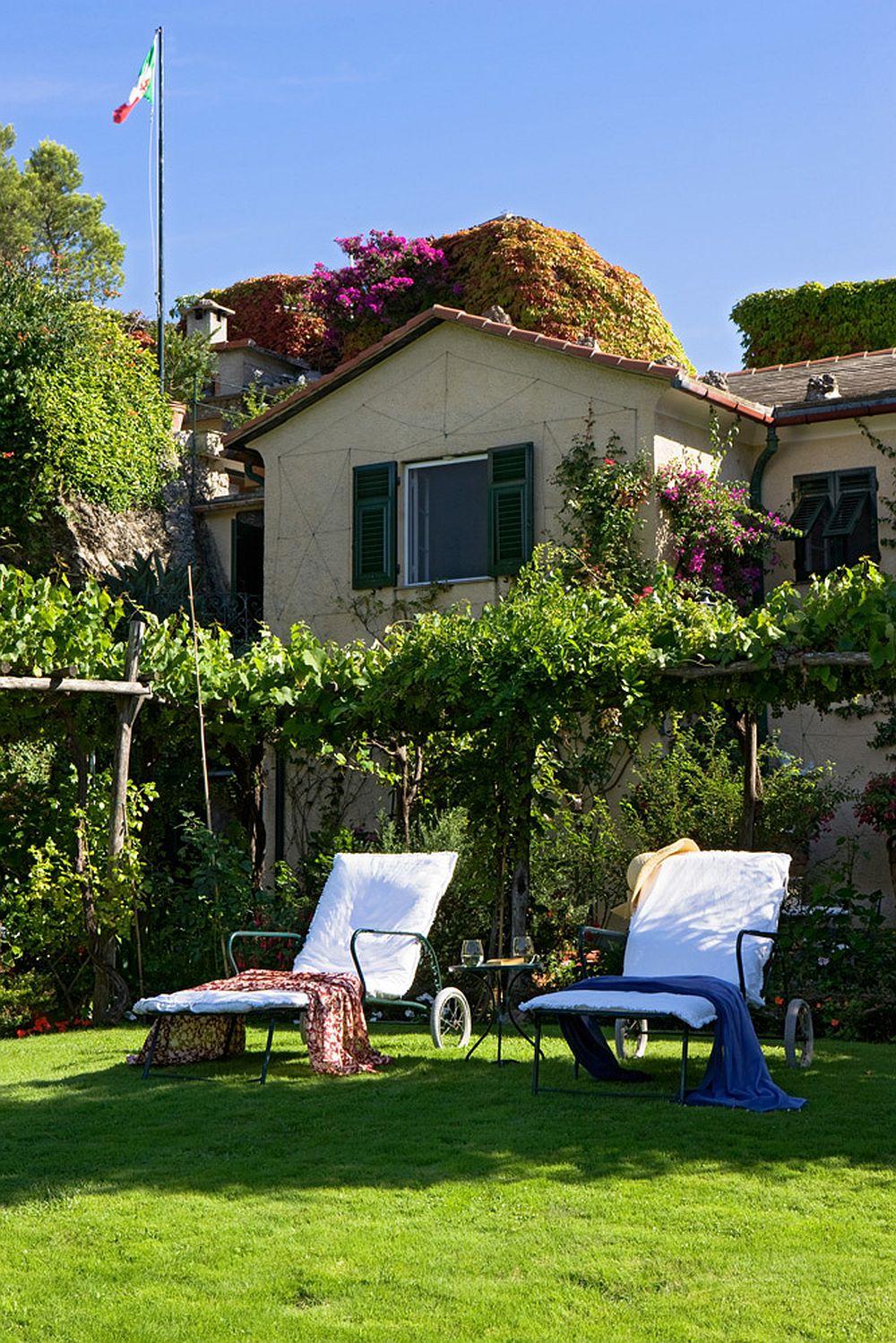 adelaparvu.com despre casa cu interior clasic si terasa cu viata de vie in Portofino, casa Italia, Foto Adriano Bacchella (4)