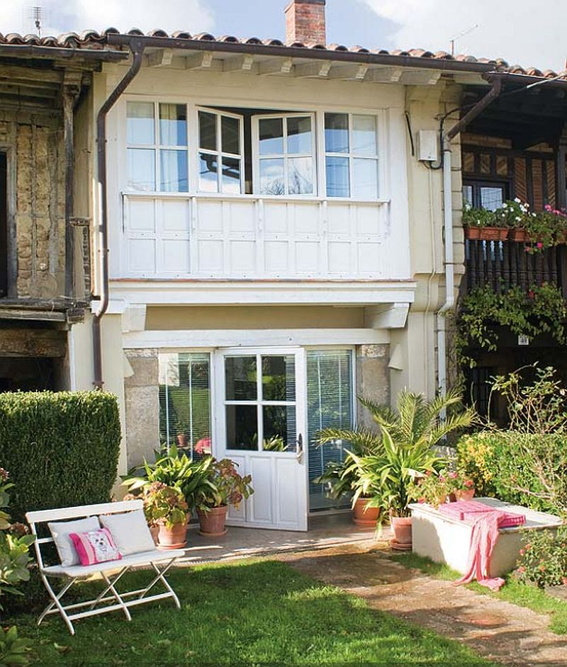 adelaparvu.com despre casa din lemn cu camere lungi si inguste, casa Spania (11)