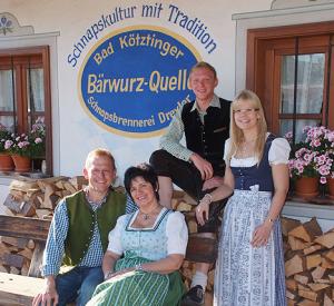 Josef și Renate Wühr alături fiica și ginerele lor