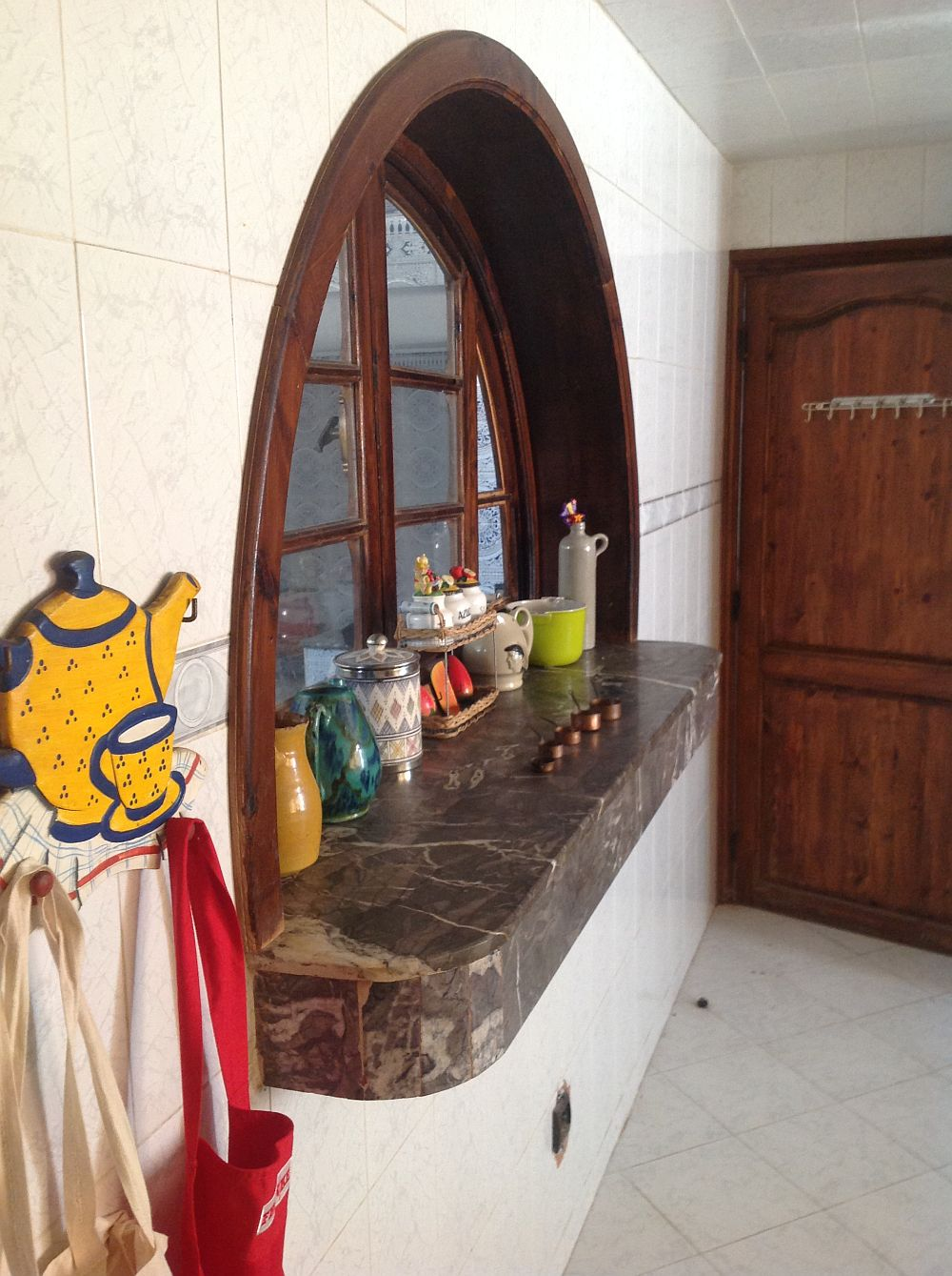 adelaparvu.com despre casa eclectica in Casablanca, casa marocana, obiecte LeSouk (8)