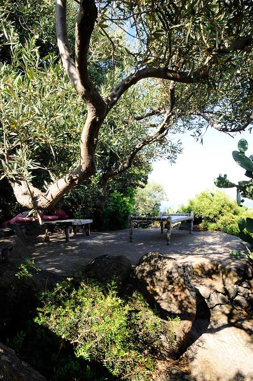 adelaparvu.com despre casa naturala in Filicudi, casa din materiale naturale Insulele Eoliene (14)