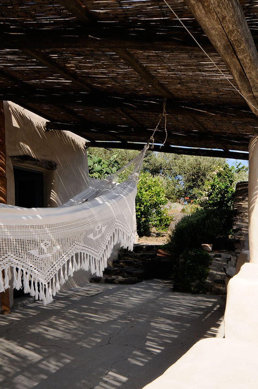 adelaparvu.com despre casa naturala in Filicudi, casa din materiale naturale Insulele Eoliene (8)
