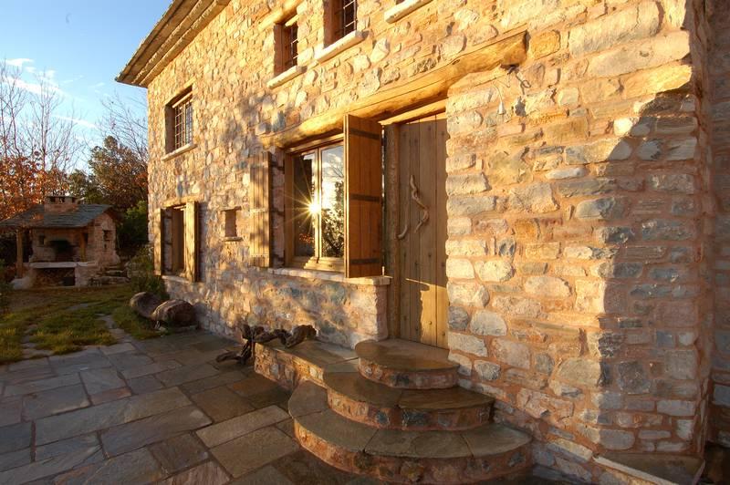 adelaparvu.com despre casa rustica din piatra, casa Grecia, casa de vacanta rustica, design Philippitzis & Associates (1)