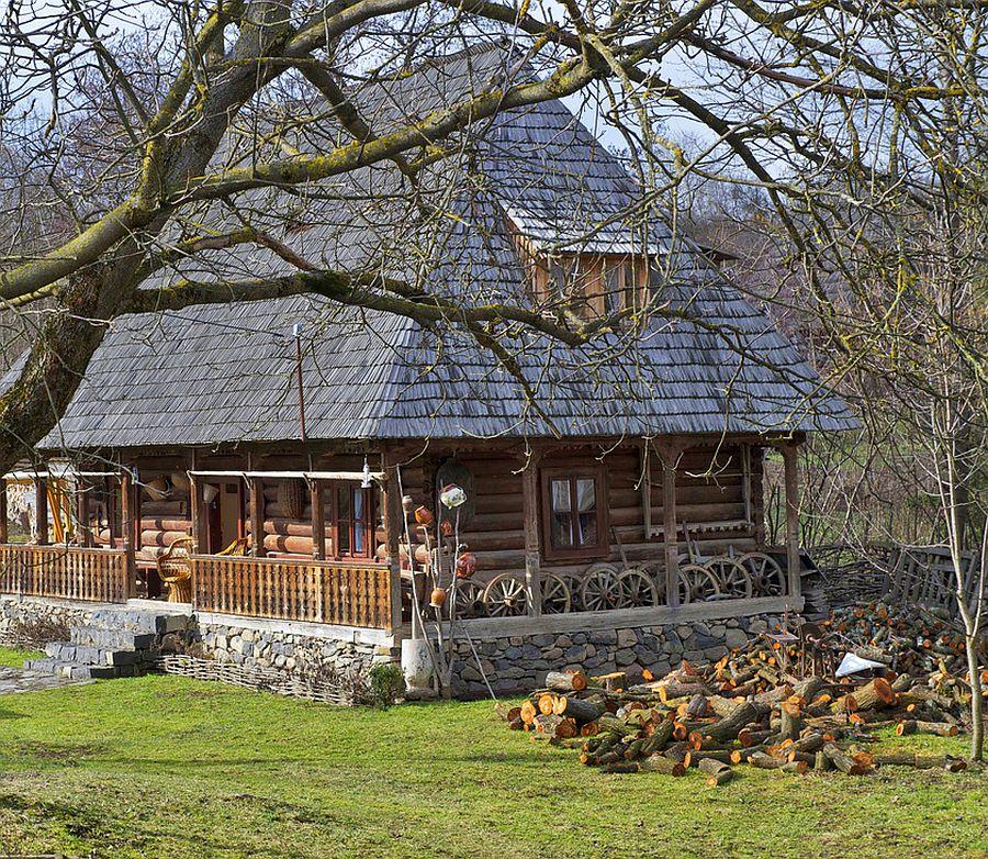 adelaparvu.com despre casa traditionala Maramures, satul Hoteni, Pensiune Marioara satul Breb, Foto Motica (12)