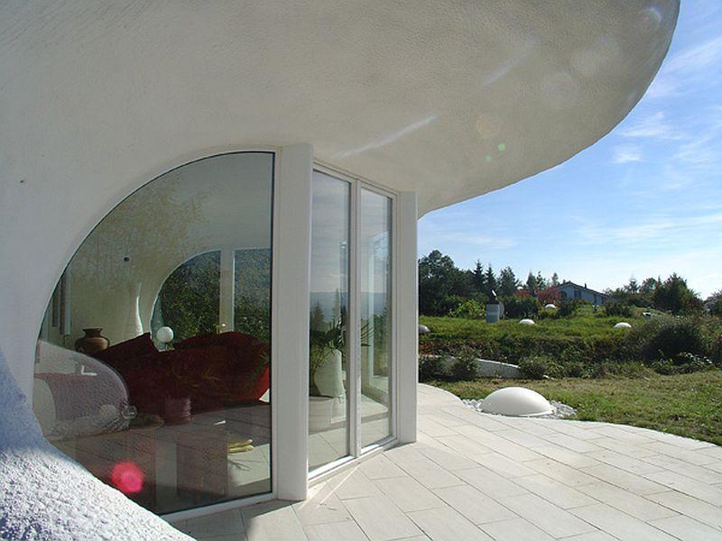 adelaparvu.com despre case organice sub pamant, casa Leuzinger, arhitect Peter Vetsch (1)