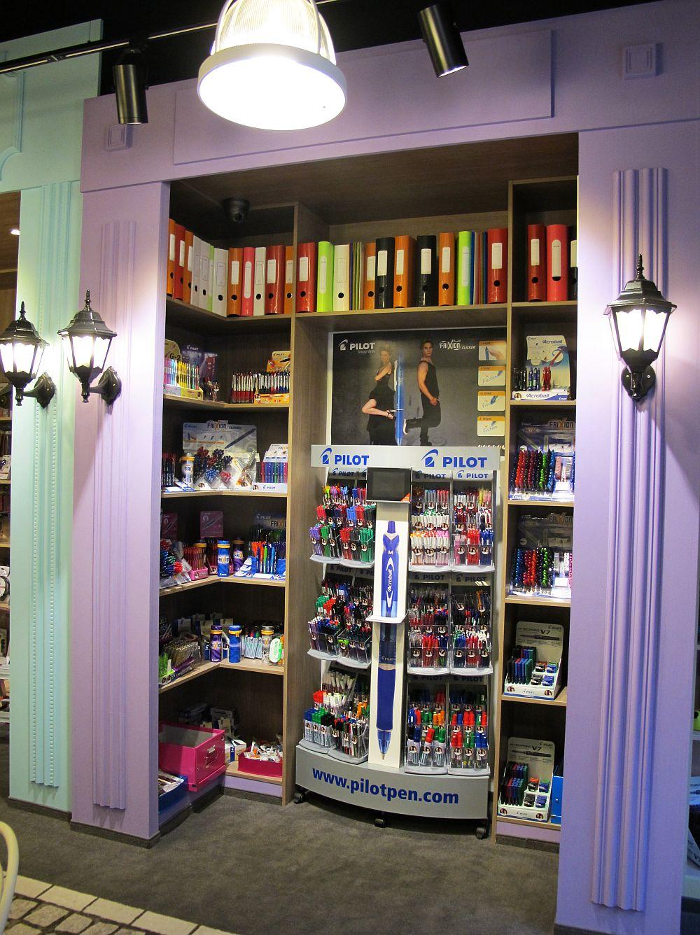 adelaparvu.com despre concept store papetarie Lolol, Dacris, design interior Prographic Studio Bucuresti (12)