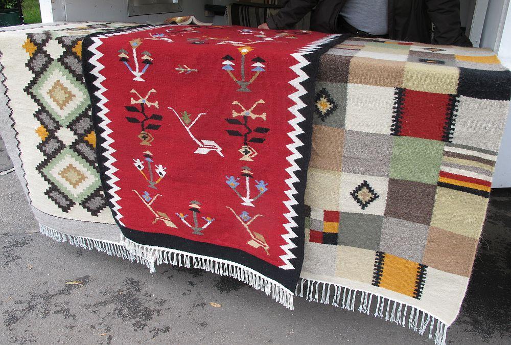 adelaparvu.com despre covoare lana traditionale moldovenesti, mester popular Maria Mihalachi, Baltatesti, judetul Neamt, Romania (15)