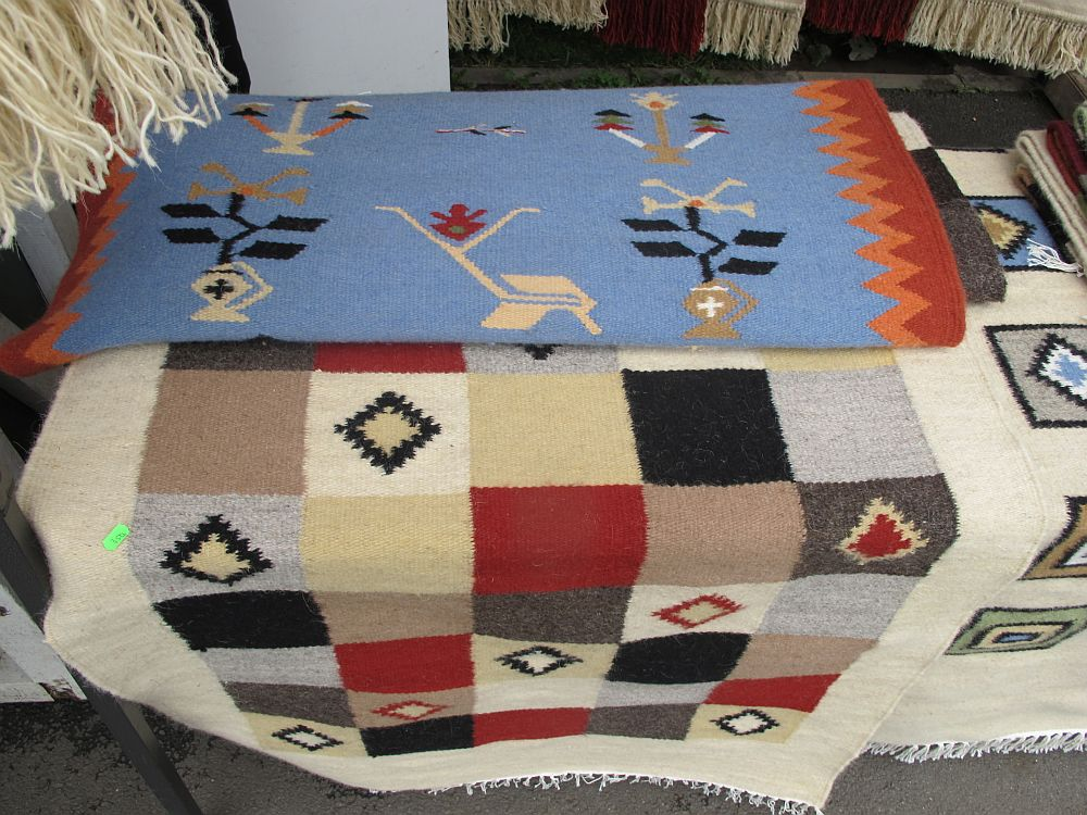 adelaparvu.com despre covoare lana traditionale moldovenesti, mester popular Maria Mihalachi, Baltatesti, judetul Neamt, Romania (8)