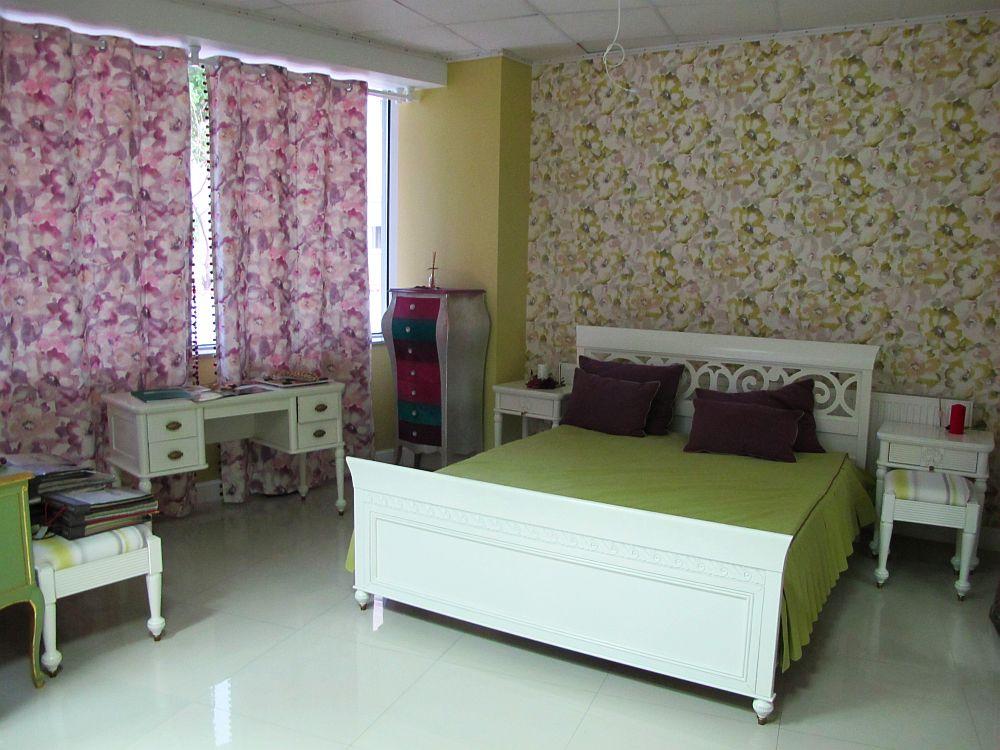 adelaparvu.com despre decoratiuni ProPlus, tapete, perdele, draperii, corpuri iluminat, oglinzi, mobila, parchet (10)