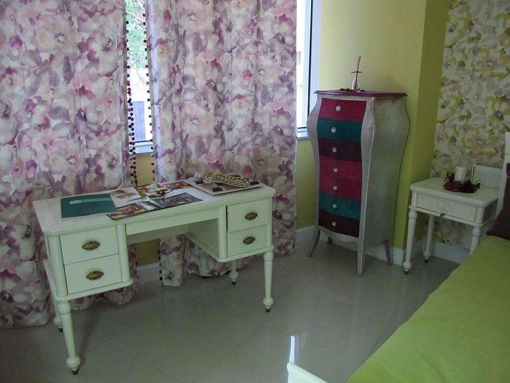 adelaparvu.com despre decoratiuni ProPlus, tapete, perdele, draperii, corpuri iluminat, oglinzi, mobila, parchet (12)