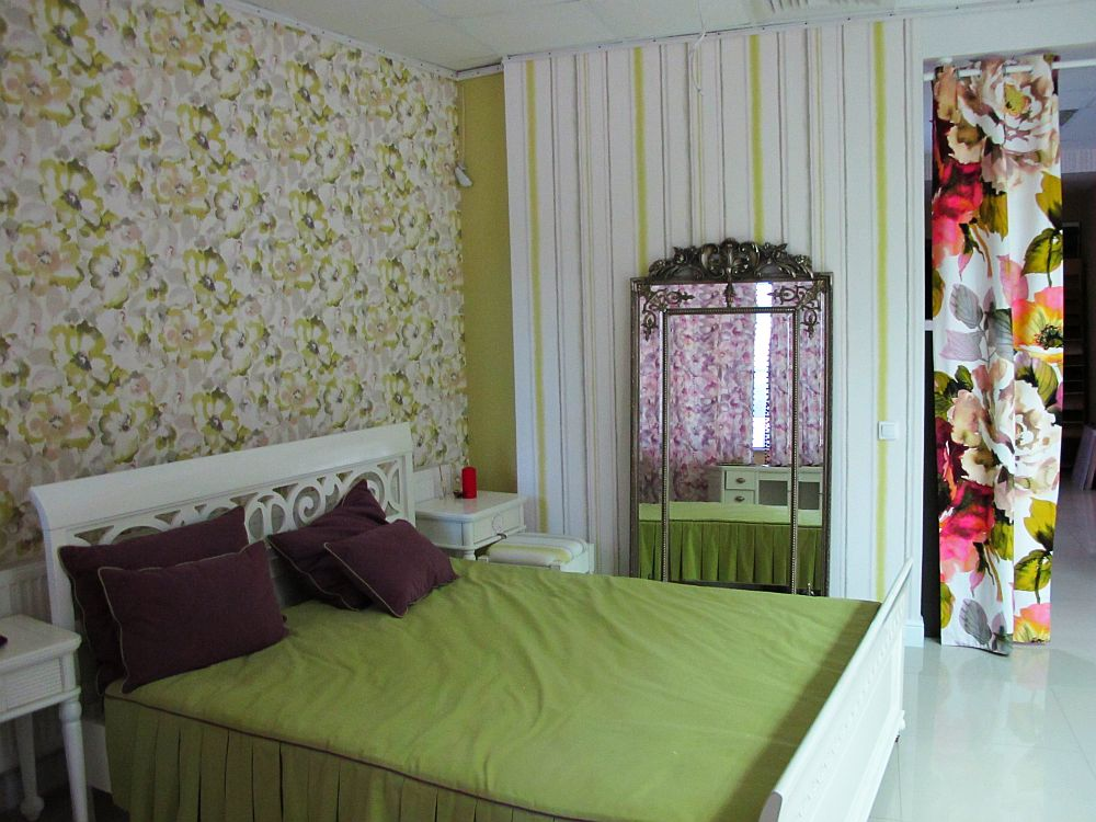 adelaparvu.com despre decoratiuni ProPlus, tapete, perdele, draperii, corpuri iluminat, oglinzi, mobila, parchet (13)