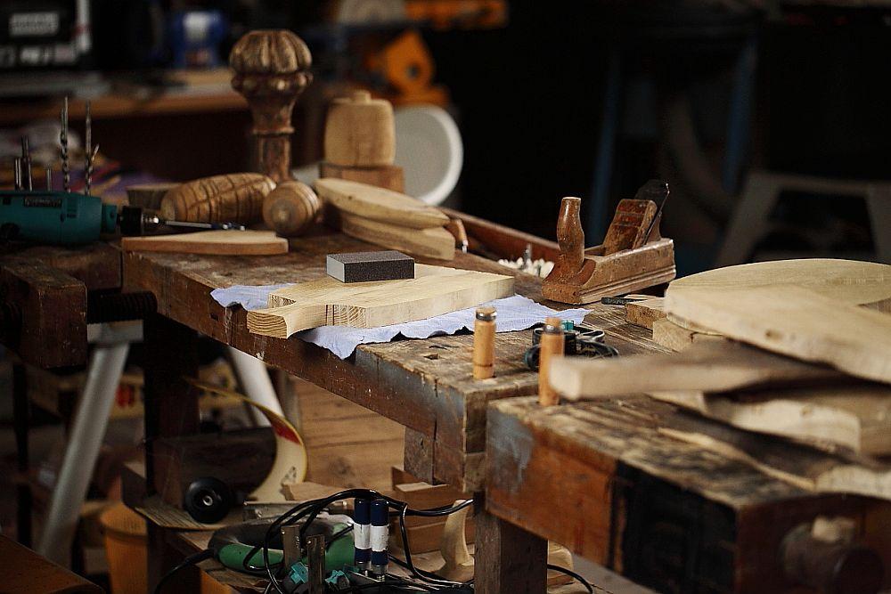 adelaparvu.com despre farfurii, boluri lemn, sfesnice lemn, sculpturi lemn, design Love Things, artist Florin Constantinescu (40)