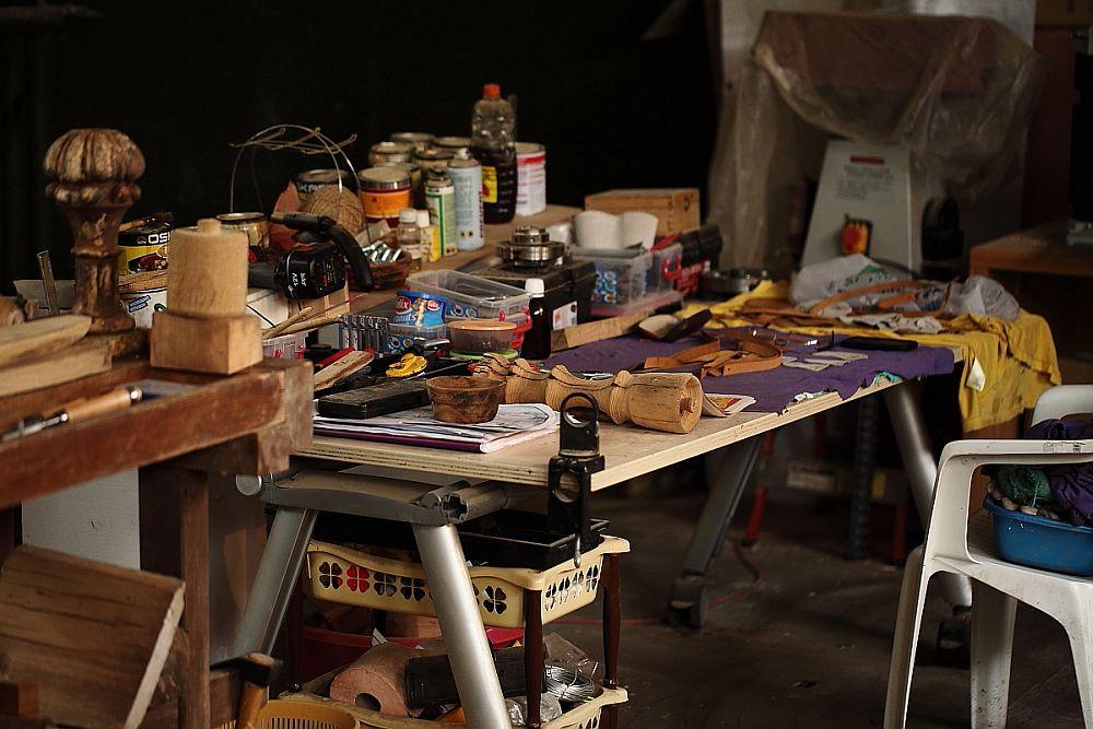 adelaparvu.com despre farfurii, boluri lemn, sfesnice lemn, sculpturi lemn, design Love Things, artist Florin Constantinescu (47)