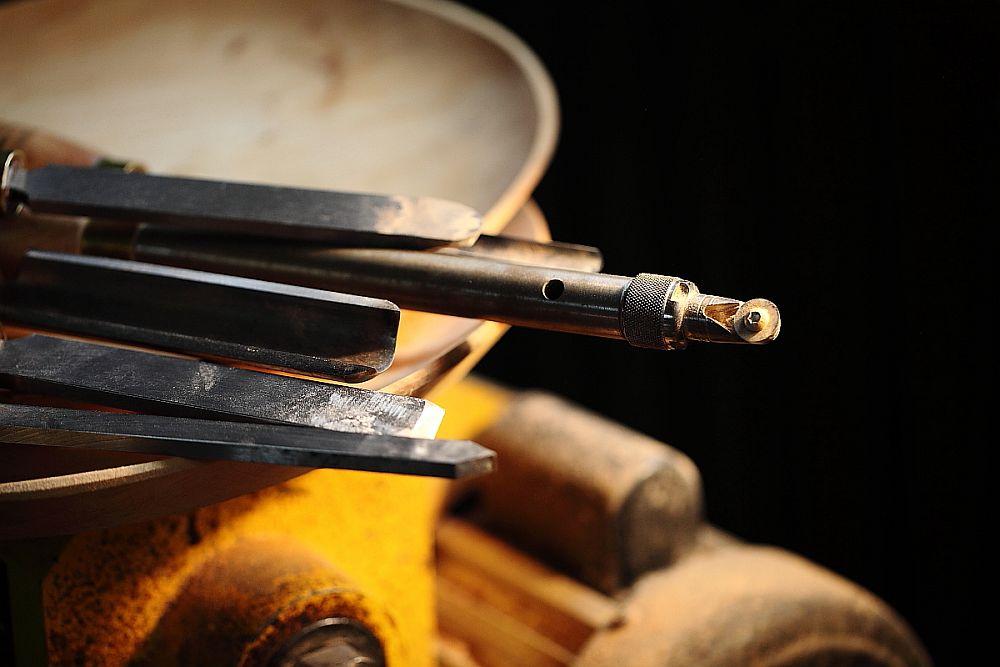 adelaparvu.com despre farfurii, boluri lemn, sfesnice lemn, sculpturi lemn, design Love Things, artist Florin Constantinescu (51)