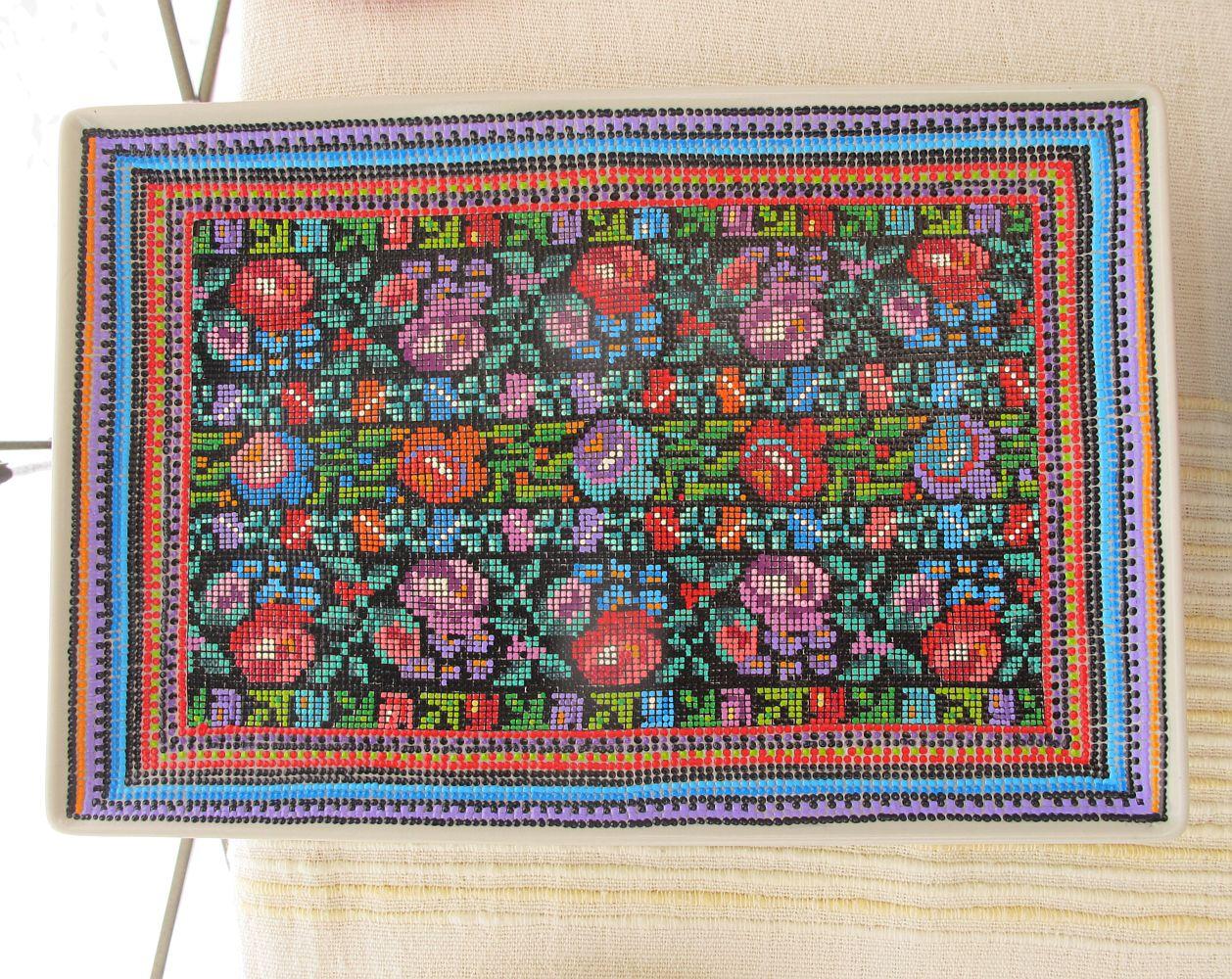 adelaparvu.com despre farfurii si bijuterii pictate cu motive traditionale romanesti, artisti Carmina si Peter Brancoveanu, Romania craftsmen (17)