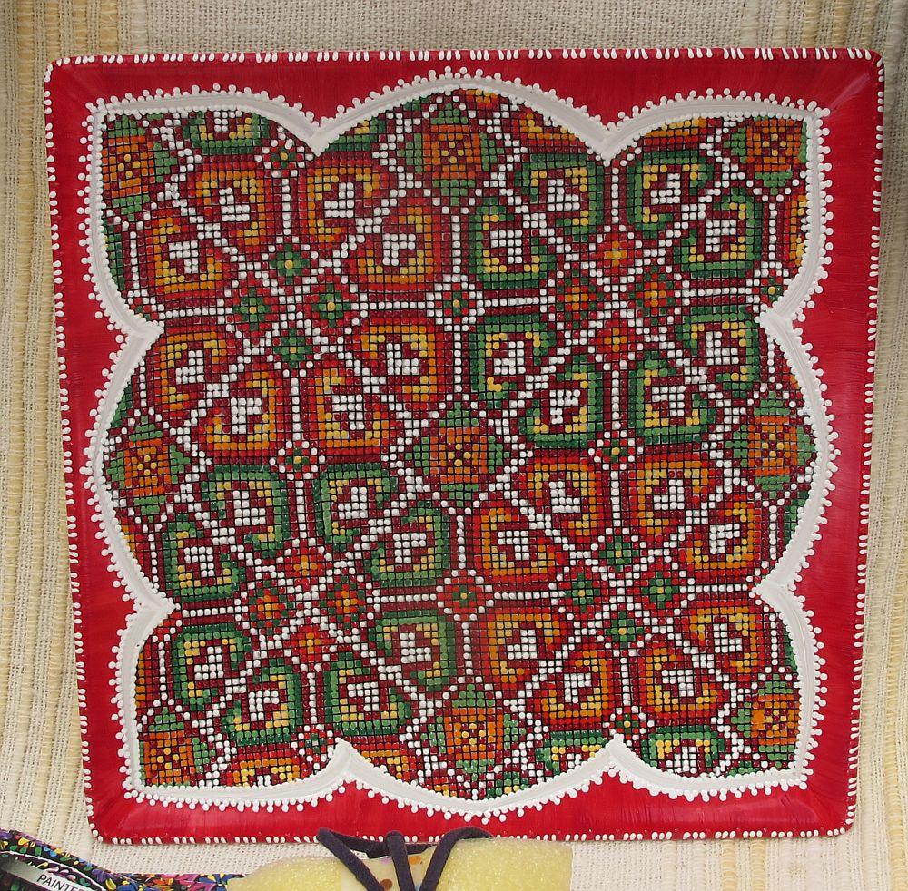 adelaparvu.com despre farfurii si bijuterii pictate cu motive traditionale romanesti, artisti Carmina si Peter Brancoveanu, Romania craftsmen (20)