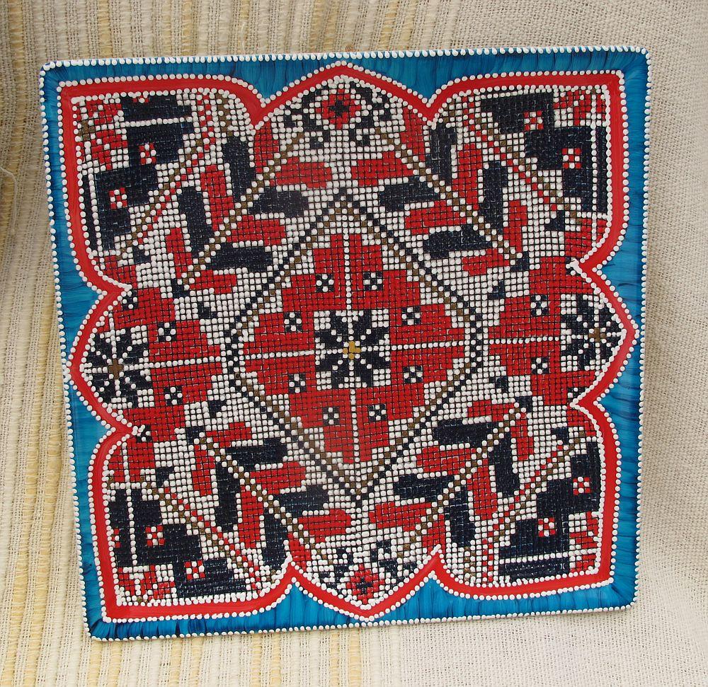 adelaparvu.com despre farfurii si bijuterii pictate cu motive traditionale romanesti, artisti Carmina si Peter Brancoveanu, Romania craftsmen (21)