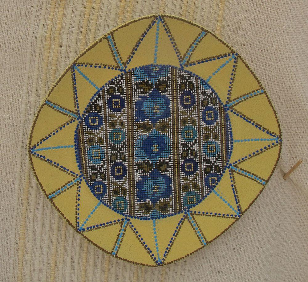adelaparvu.com despre farfurii si bijuterii pictate cu motive traditionale romanesti, artisti Carmina si Peter Brancoveanu, Romania craftsmen (22)