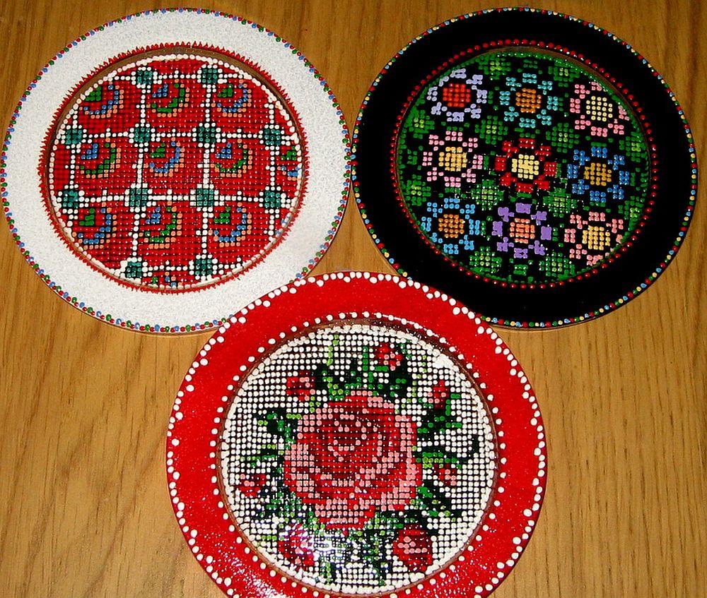 adelaparvu.com despre farfurii si bijuterii pictate cu motive traditionale romanesti, artisti Carmina si Peter Brancoveanu, Romania craftsmen (5)