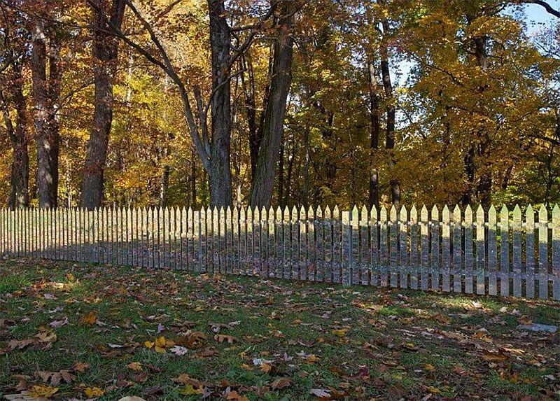 adelaparvu.com despre gard cu oglinzi care se camufleaza in peisaj, design Alyson Shotz (5)