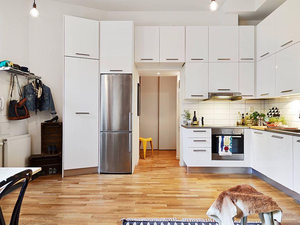 adelaparvu.com despre garsoniera de 32 mp cu loc de dormit la etaj, Foto Stadshem (13)