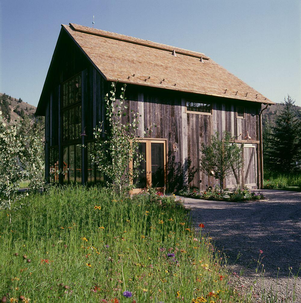adelaparvu.com despre hambar transformat in casa de vacanta, casa din lemn, casa americana, casa SUA, design Miller Architects (2)