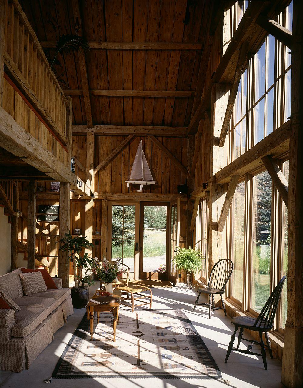 adelaparvu.com despre hambar transformat in casa de vacanta, casa din lemn, casa americana, casa SUA, design Miller Architects (5)