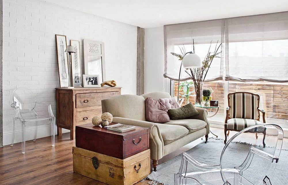 Livingul intr-o prima faza cu sofa mica