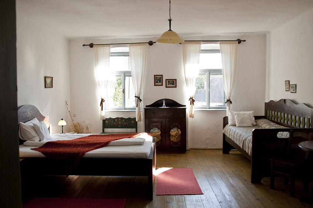adelaparvu.com despre pensiunea Casa cu Zorele, case traditionale transilvanene, bedandbreakfast Crit, Transilvania, Romania (11)
