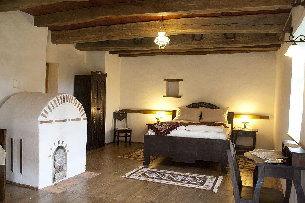 adelaparvu.com despre pensiunea Casa cu Zorele, case traditionale transilvanene, bedandbreakfast Crit, Transilvania, Romania (14)
