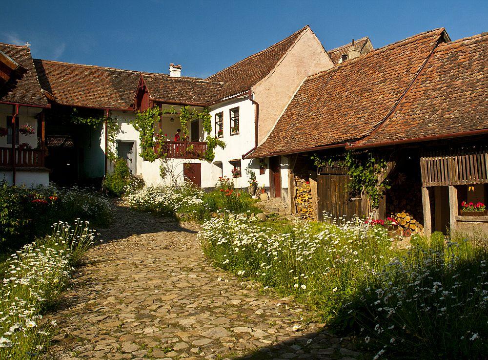 adelaparvu.com despre pensiunea Casa cu Zorele, case traditionale transilvanene, bedandbreakfast Crit, Transilvania, Romania