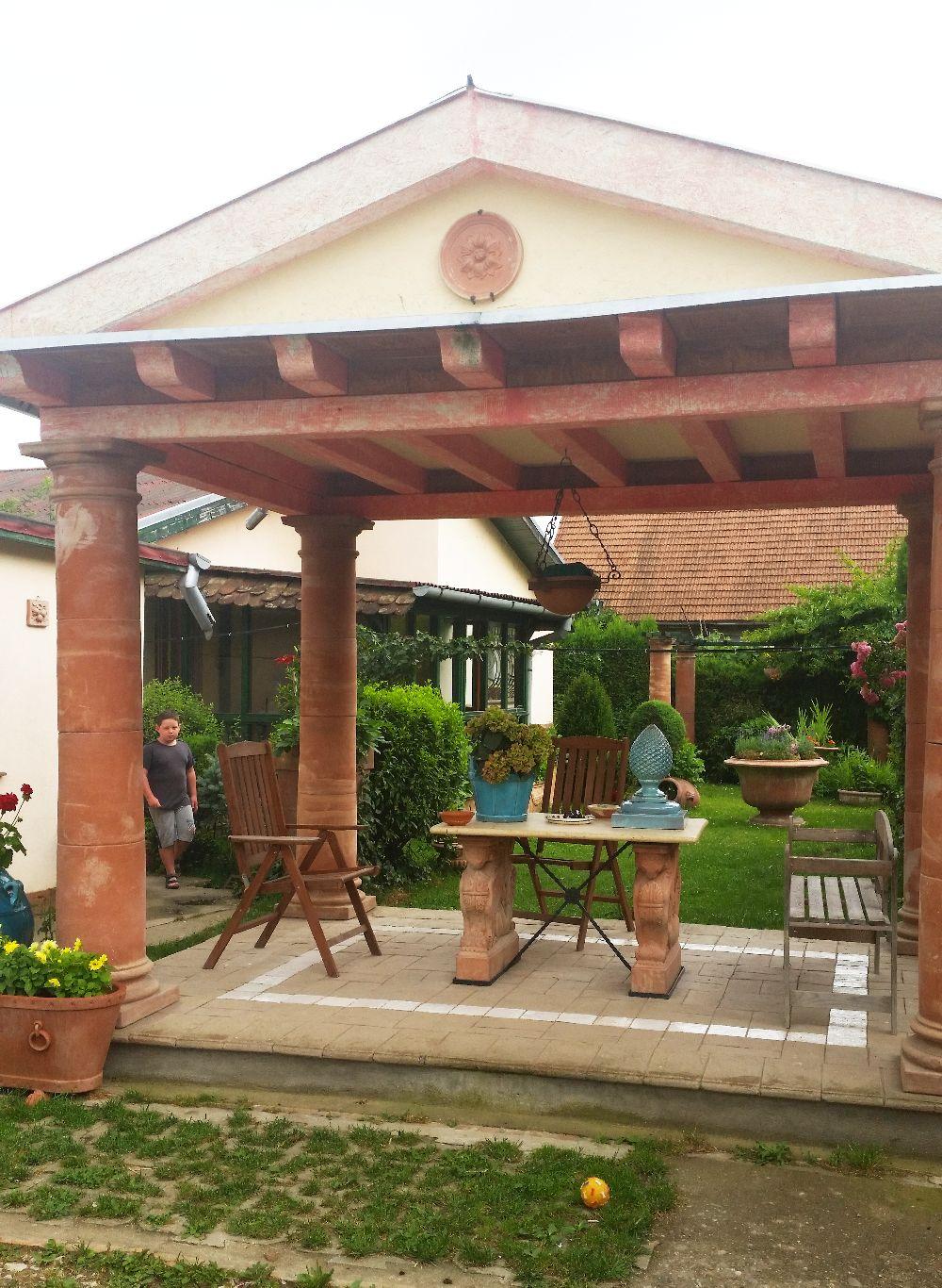 adelaparvu.com despre vase de gradina, ghivece si ornamente din teracota, lut, Terecote Sighisoara Romania (1)