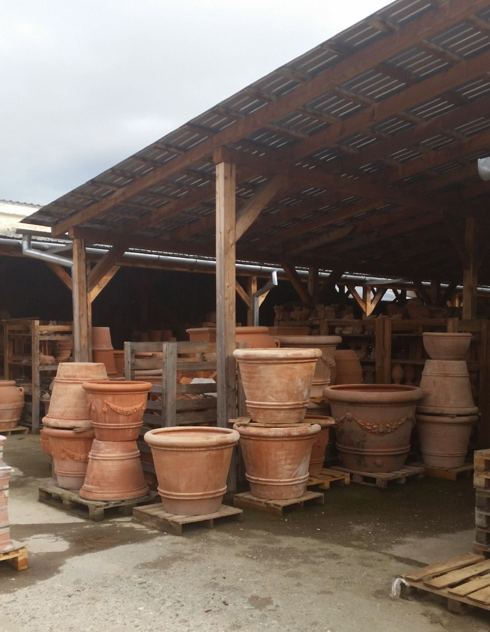 adelaparvu.com despre vase de gradina, ghivece si ornamente din teracota, lut, Terecote Sighisoara Romania (12)