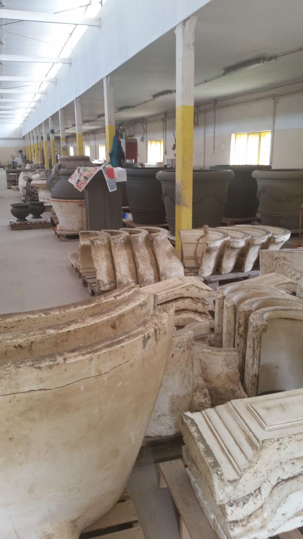 adelaparvu.com despre vase de gradina, ghivece si ornamente din teracota, lut, Terecote Sighisoara Romania (9)