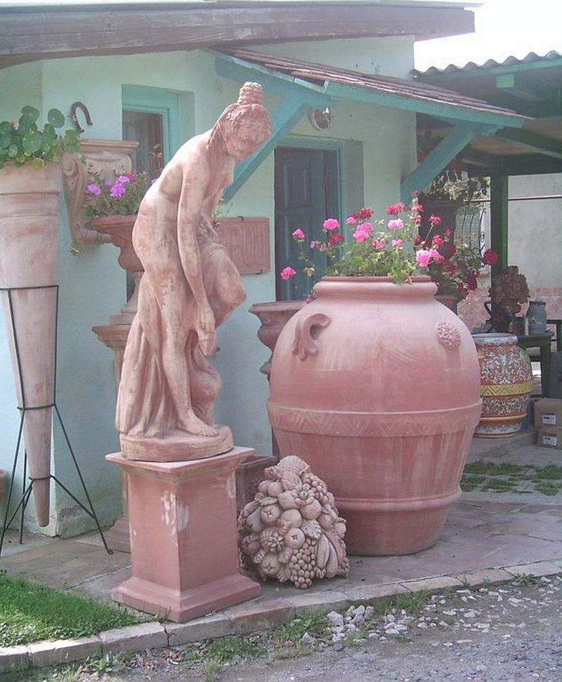 adelaparvu.com despre vase, ghivece, statuete, jardiniere din teracota, design Terecote, Sighisoara (22)