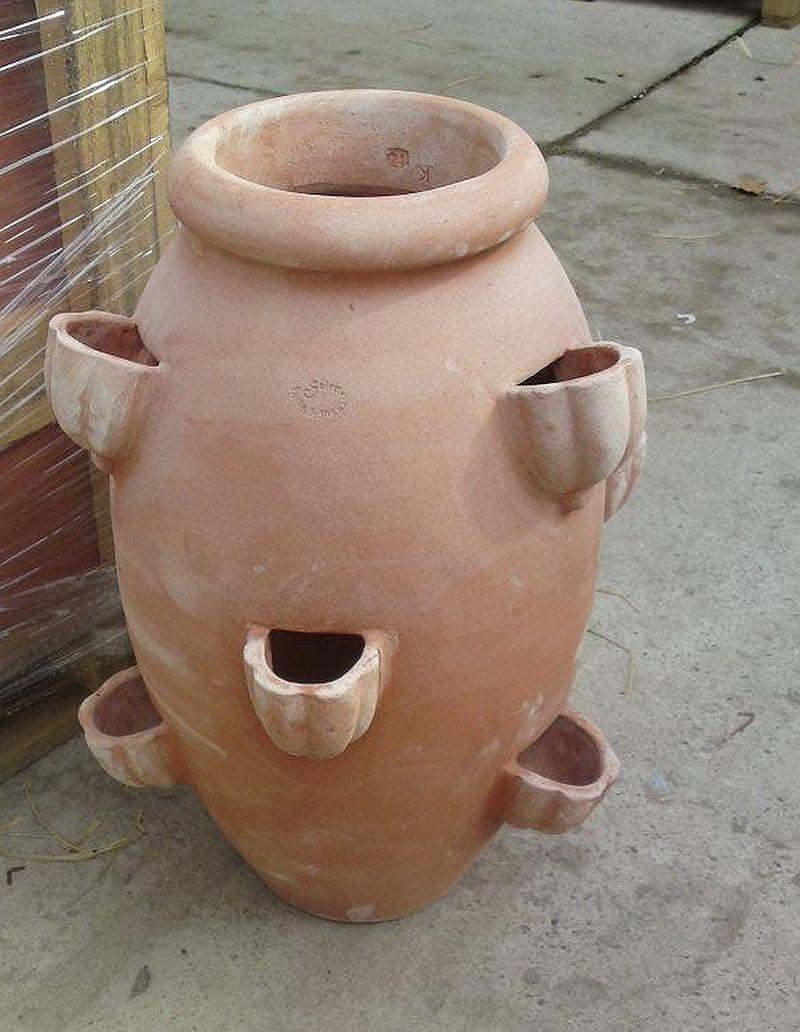 adelaparvu.com despre vase, ghivece, statuete, jardiniere din teracota, design Terecote, Sighisoara (4)